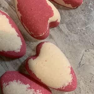 Rose Heart-shaped Bath Bomb
